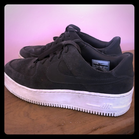 2a6a1cad953 Nike Air Force 1 Sage Low Platform Sneaker Women. M 5c523133409c1540466f0764